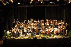 Sinfonieorchester der Musikschule präsentiert sich in der Stadthalle – Musikalische Kooperation bringt reife Früchte