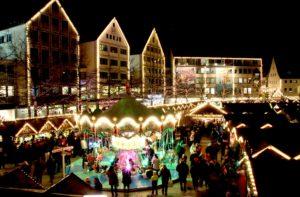 Weihnachtsmusen im Rathaus am Markt in Achern